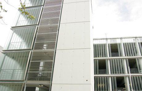 Bosch parkolóhaz metmark perforált lemez homlokzat burkolata 1