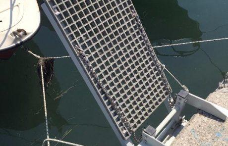 Műgyanta rács csónakstég 1