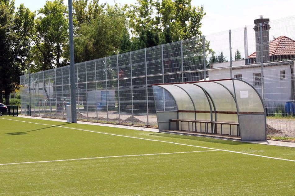 Szekszárd sportpálya Metmark fémkerítése 1