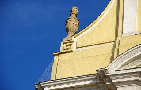 Szekszárd Belvárosi templom galambriasztása Metmark Kft. 5